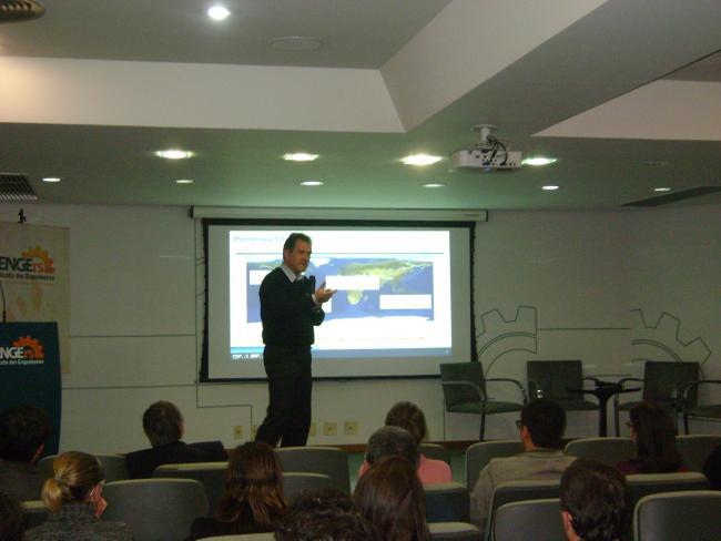 Pensamento enxuto suportado pelas boas práticas de GP foi tema de palestra