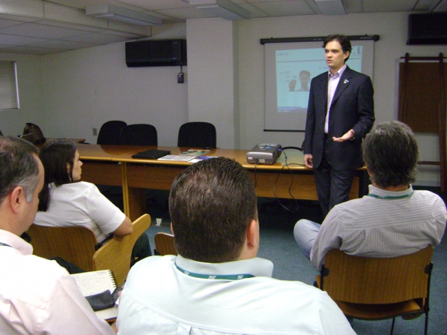 """Evento """"Conheça o PMI"""" é levado a empresas"""