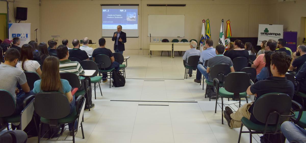 Desafios e Tendências da gestão de projetos foram debatidos na região sul