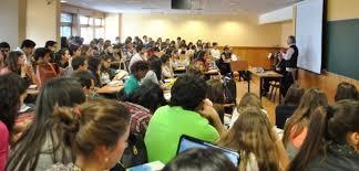 Universitários são público de evento pioneiro e gratuito