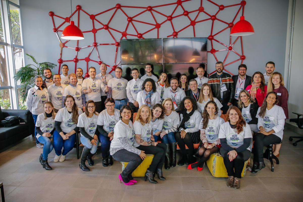 Participantes e voluntários