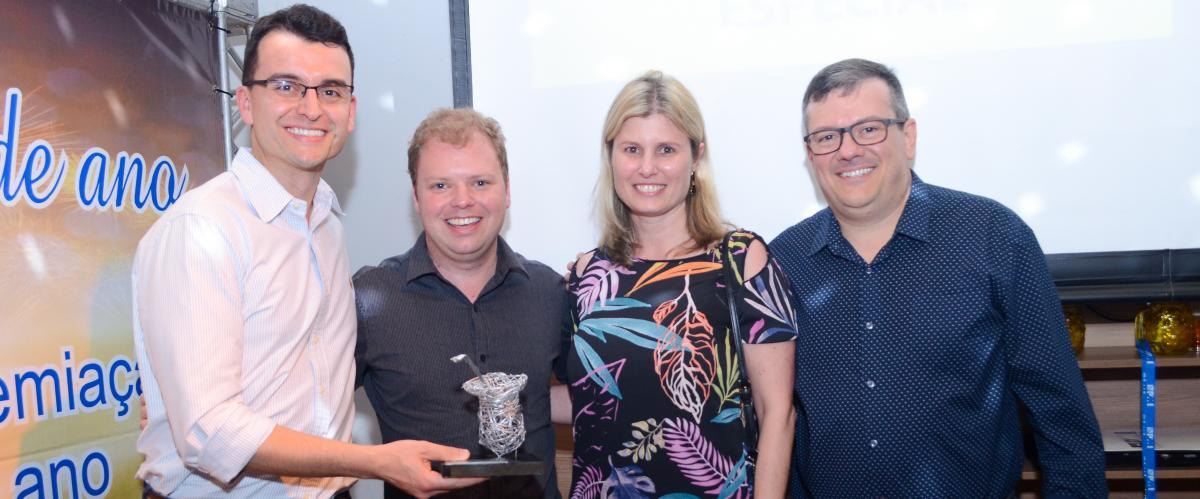 Prêmios Destaques do Ano são entregues