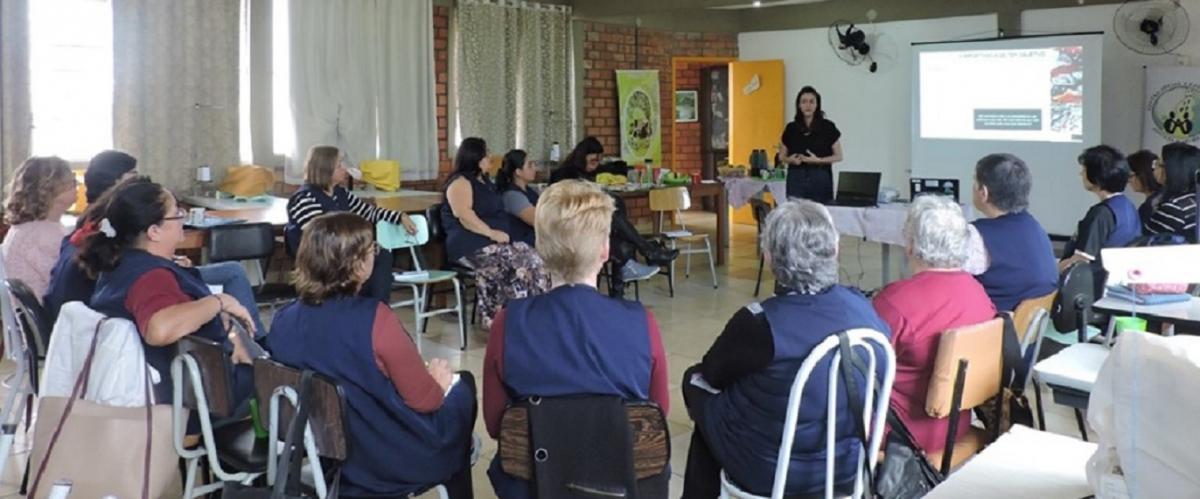PMIRS leva conhecimentos à ONG de Canoas